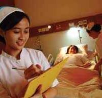 Membina Komunikasi dengan Pasien